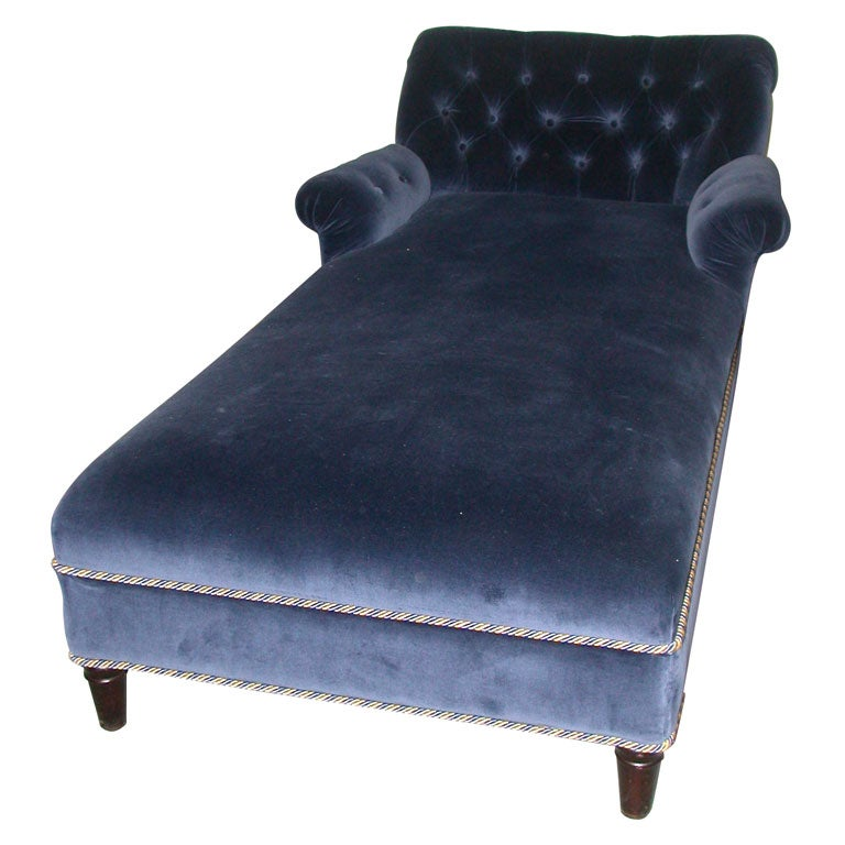 Elegant chaise lounge upholstered in a beautiful velvet at for Blue velvet chaise