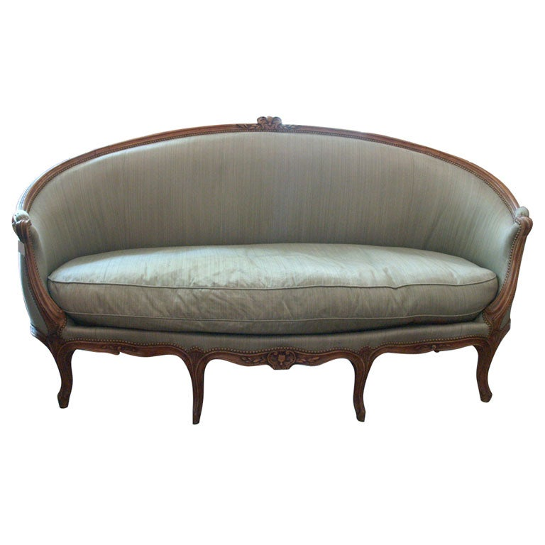 Louis xv canape at 1stdibs for Louis xv canape sofa