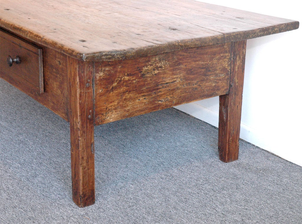 19THC COUNTRY FARM TABLE COFFEE TABLE WITH LARGE DRAWER