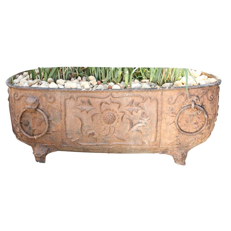 Large cast iron tub at 1stdibs for Large metal tub for gardening