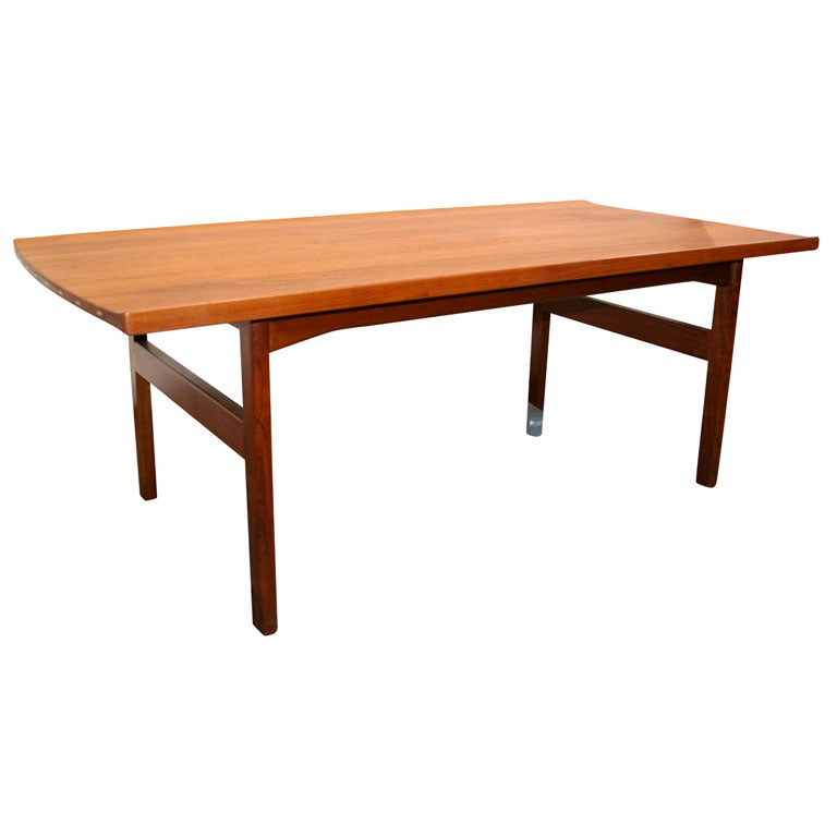 Solid teak coffee table by tove and edvard kindt larsen at 1stdibs Solid teak coffee table