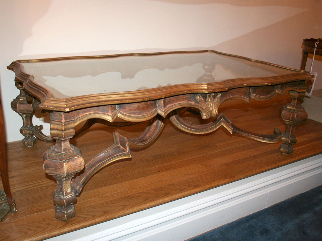 Italian baroque style coffee table at 1stdibs italian baroque style coffee table 2 geotapseo Image collections