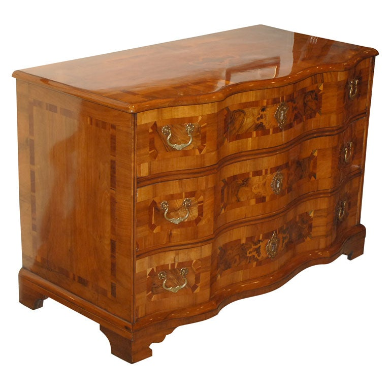 Baroque inlaid commode at 1stdibs - Commode noire baroque ...