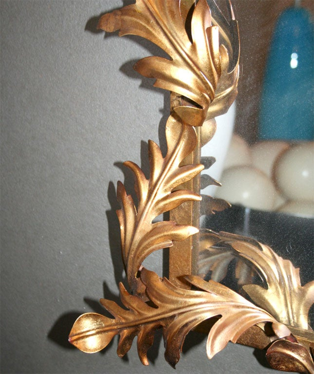 1950s Italian Gilded Iron Acanthus Leaf Mirror In Good Condition For Sale In New York, NY