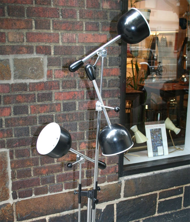 Italian Articulated Floor Lamp For Sale 2