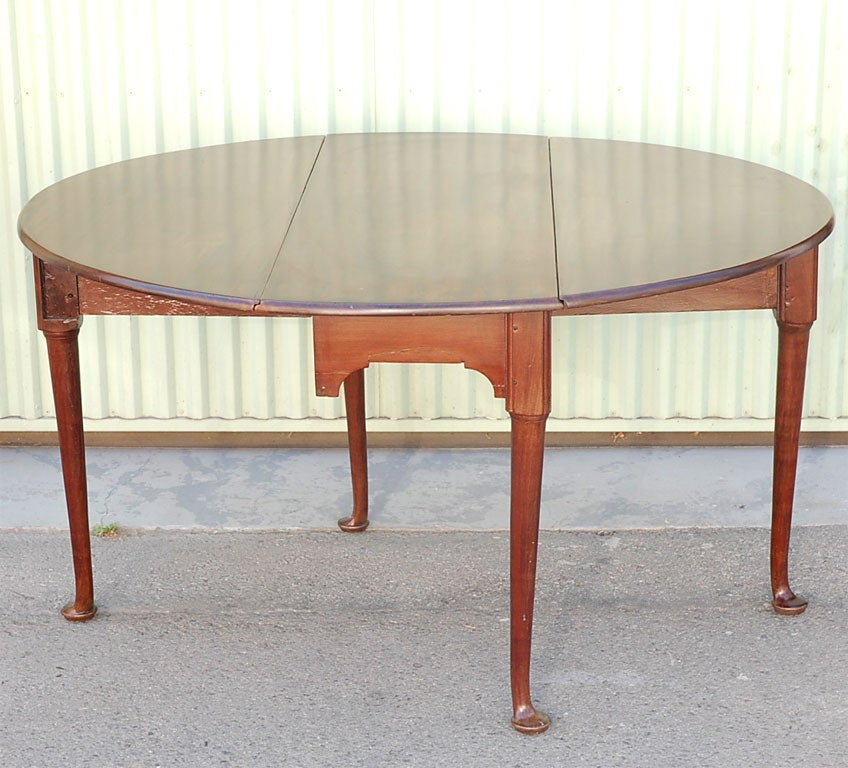 19THC QUEEN ANNE STYLE DROP LEAF TABLE For Sale At 1stdibs