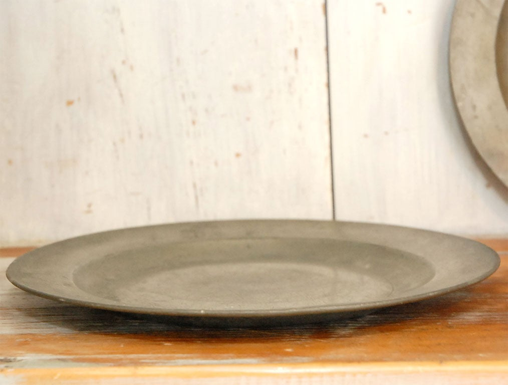 SET OF FOUR ENGLISH 19THC PEWTER PLATES image 6