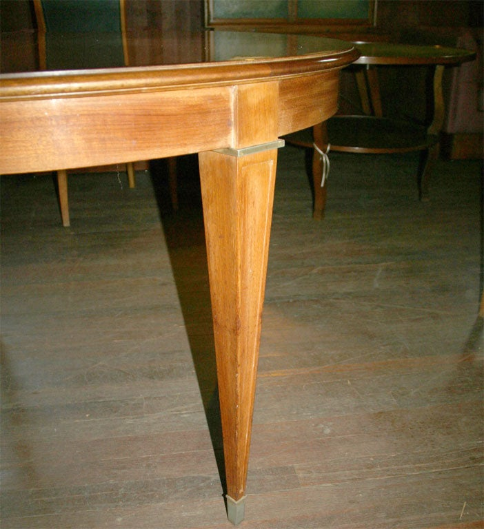 French Fruitwood Table In Good Condition For Sale In Stamford, CT