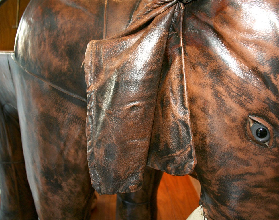 Giant Abercrombie & Fitch Leather Elephant Bar 1