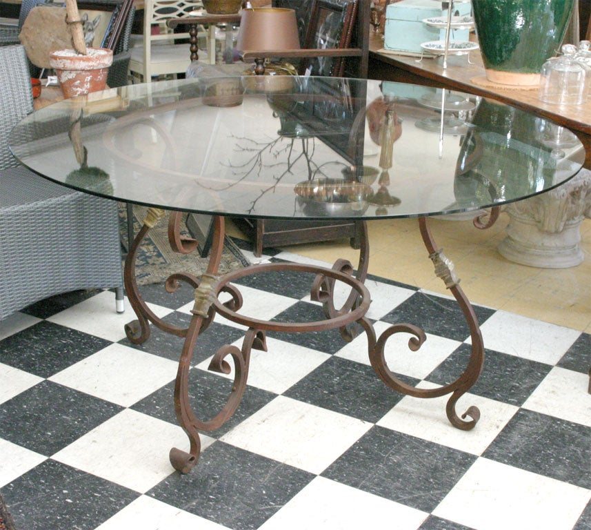Round Metal Table Base for Indoor or Outdoor Dining at 1stdibs : GBSept07135 from www.1stdibs.com size 857 x 768 jpeg 150kB