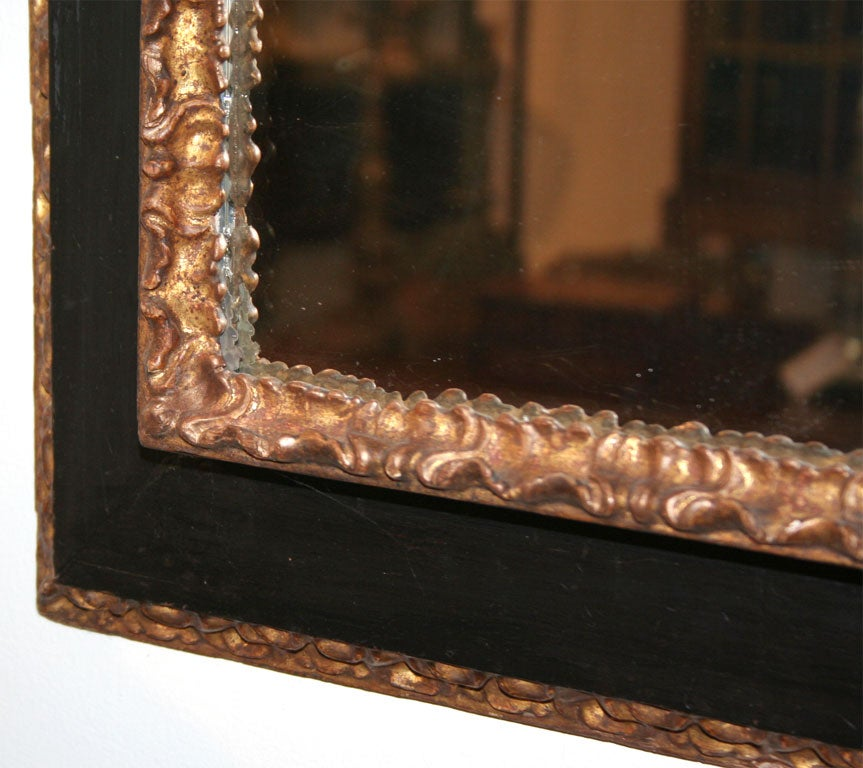17th Century Italian Painted and Giltwood Frame with Mirror In Excellent Condition For Sale In Stamford, CT