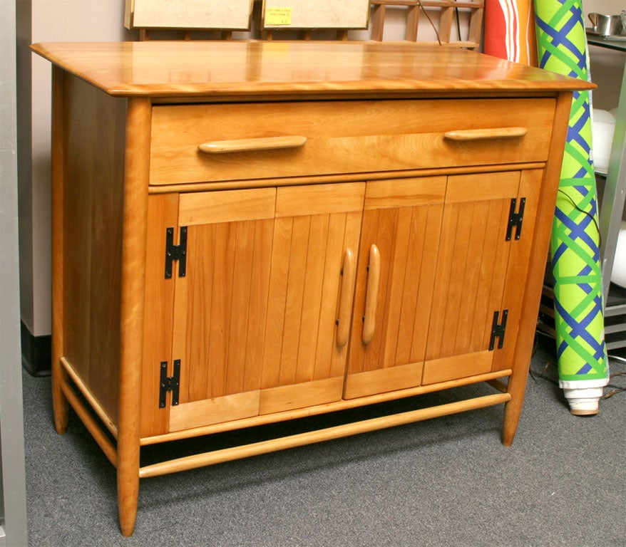 Great scale in this solid Canadian Birch Sideboard Server from legendary cabinetmakers Cushman of Vermont. With metal tag proclaiming Cushman Contemporary, this Vermont native is 1950s homey styling at its best. Drawer with cutlery dividers and