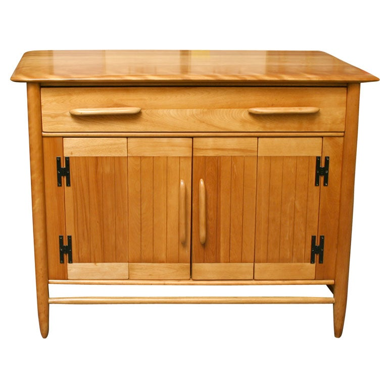 Fine Cushman Solid Birch Petit Sideboard Vermont For Sale