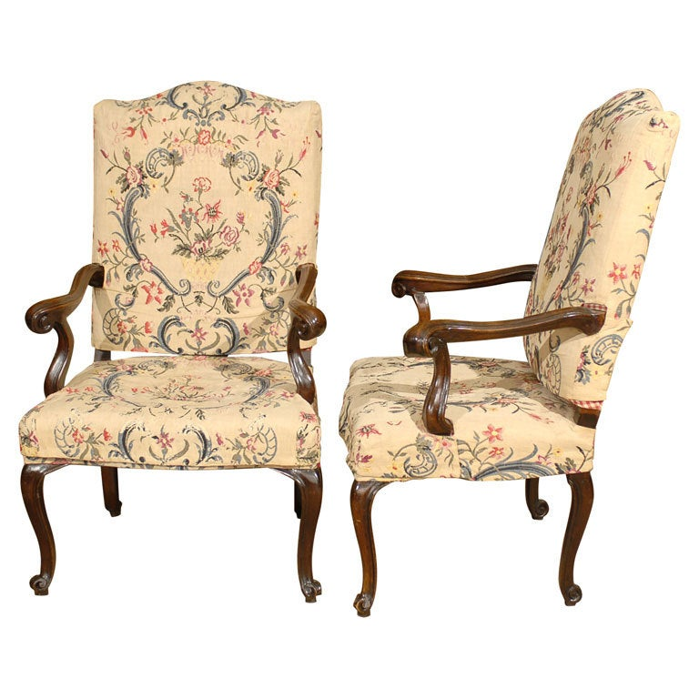 Pair of Rococo Fauteuils / Armchairs in Walnut, Italy circa 1750