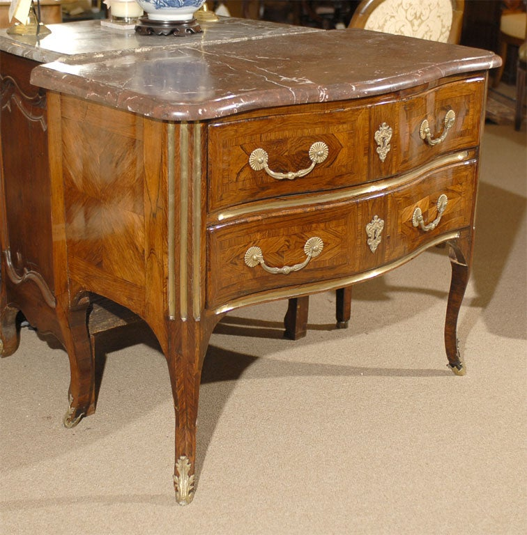 louis xv period rosewood commode with original marble c 1750 at 1stdibs. Black Bedroom Furniture Sets. Home Design Ideas