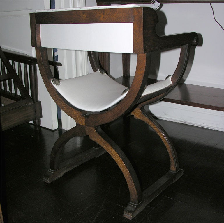 Pair Of Early 20th Century Oak Savonarola Chairs At 1stdibs
