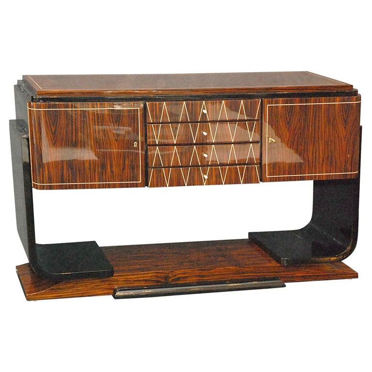 Deko sideboard interior design und m bel ideen - Sideboard deko ...