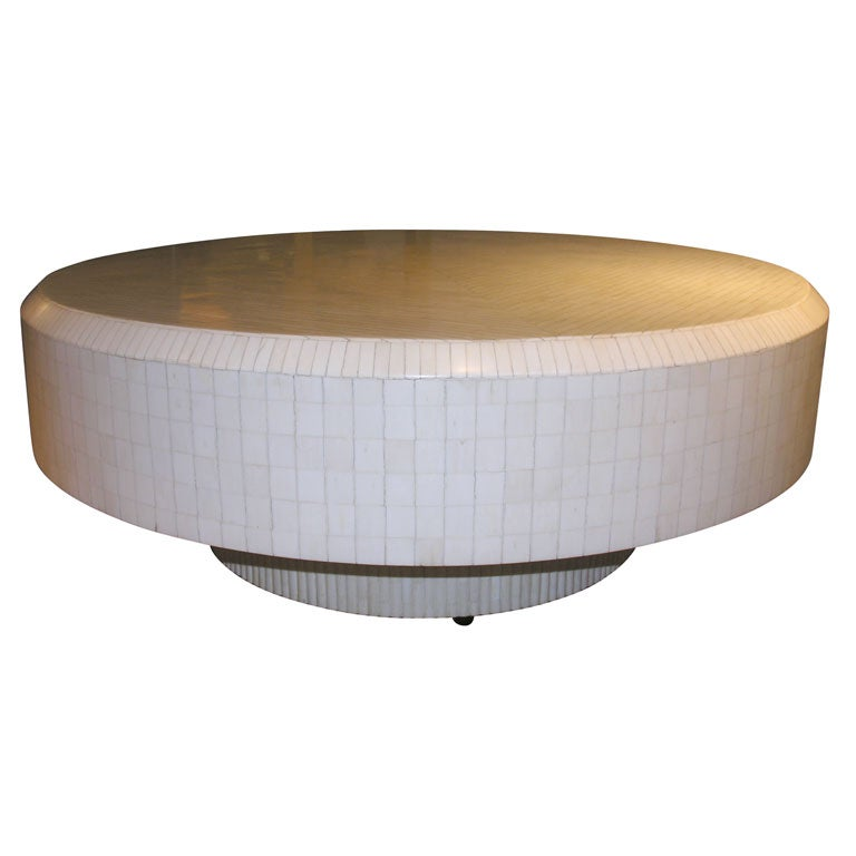 Large Round Lacqured Bone Cocktail Table At 1stdibs