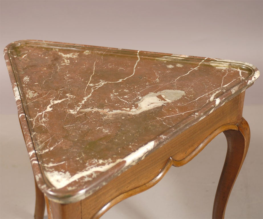 Rare Louis XV Walnut Triangular Table with Marble Top, c. 1750 3