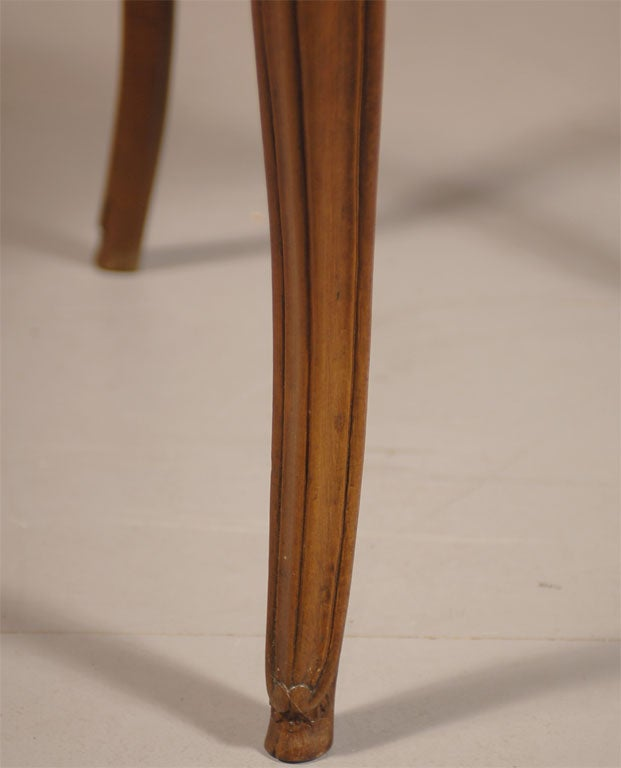 Rare Louis XV Walnut Triangular Table with Marble Top, c. 1750 4