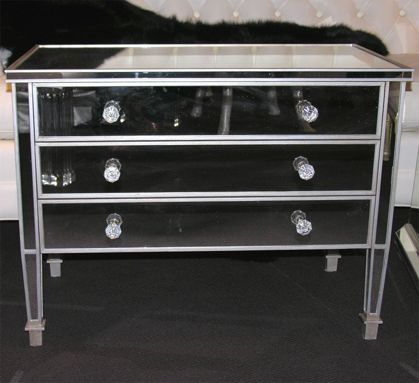 Pair of Custom Mirrored Silver Trim Commodes For Sale 3