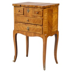 Transitional French Dressing Table in Tulipwood, circa 1760