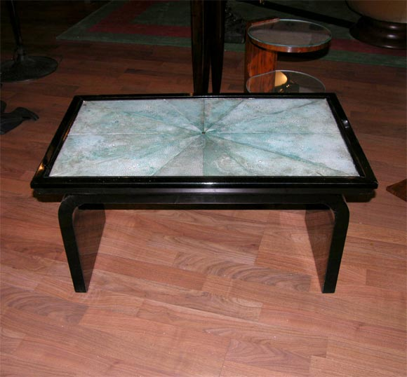 French Art Deco Shagreen Occasional Table In Good Condition For Sale In Bridgewater, CT