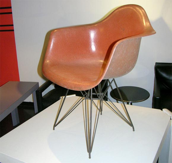 Original 1950 39 S Eames Arm Shell And Eiffel Tower Chair At 1stdibs