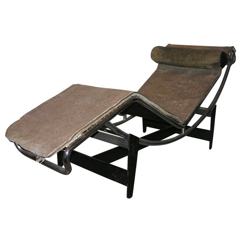 Chaise lounge model lc 4 444 by le corbusier at 1stdibs for Chaise modele