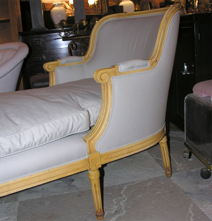 1940 39 s french style 6 leg chaise at 1stdibs for Chaise 1940