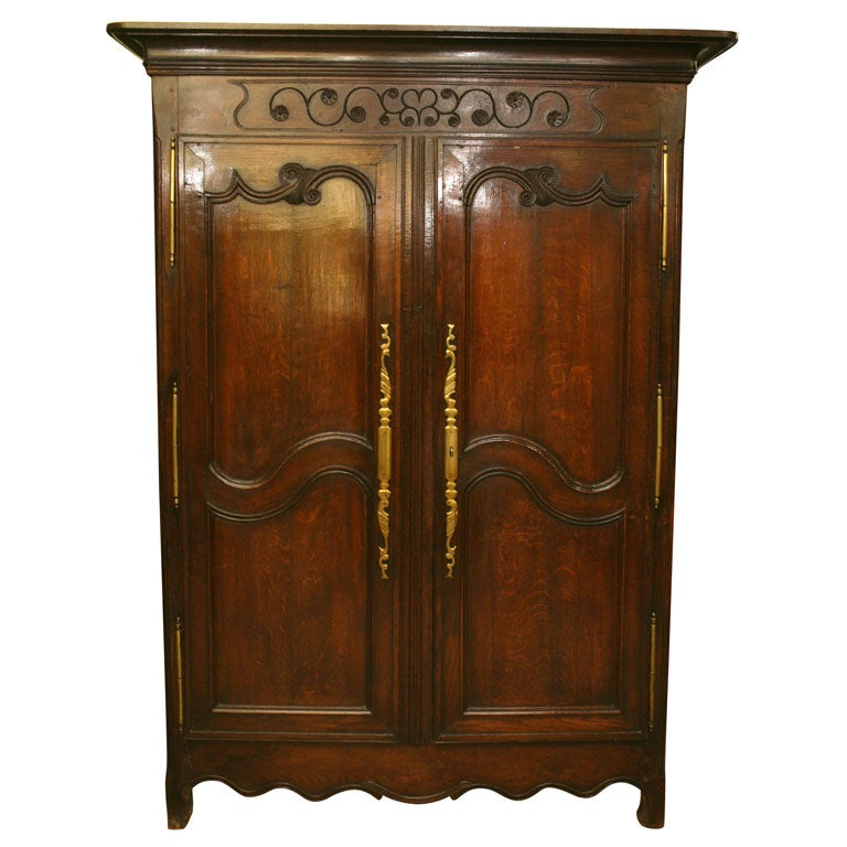 18th century french louis xv armoire for sale at 1stdibs. Black Bedroom Furniture Sets. Home Design Ideas