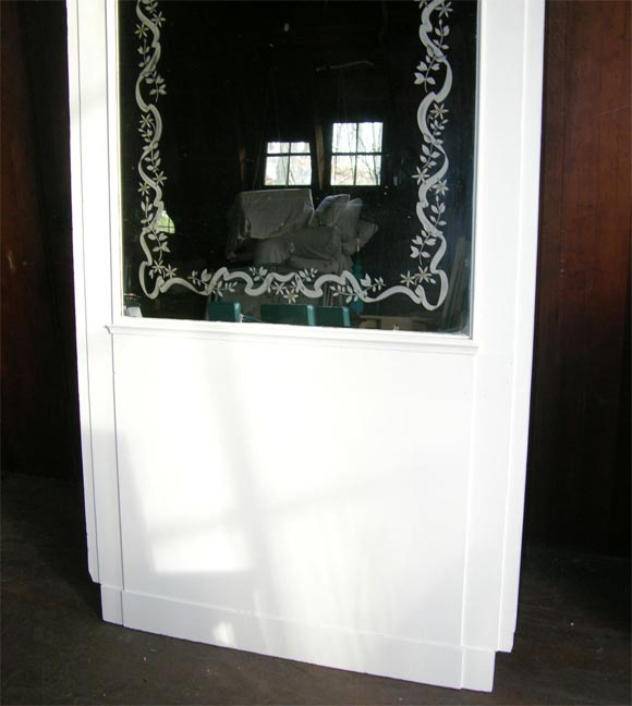 French Etched Arched Mirror In Excellent Condition For Sale In Stamford, CT