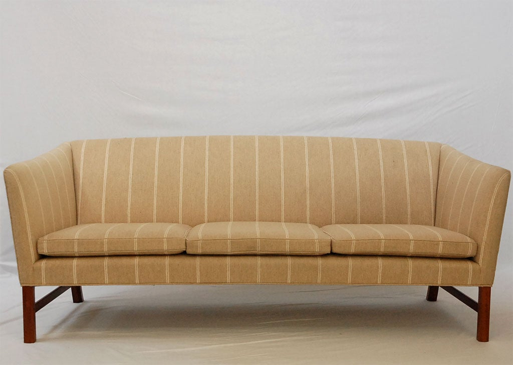 Mid-20th Century Ole Wanscher Sofa For Sale