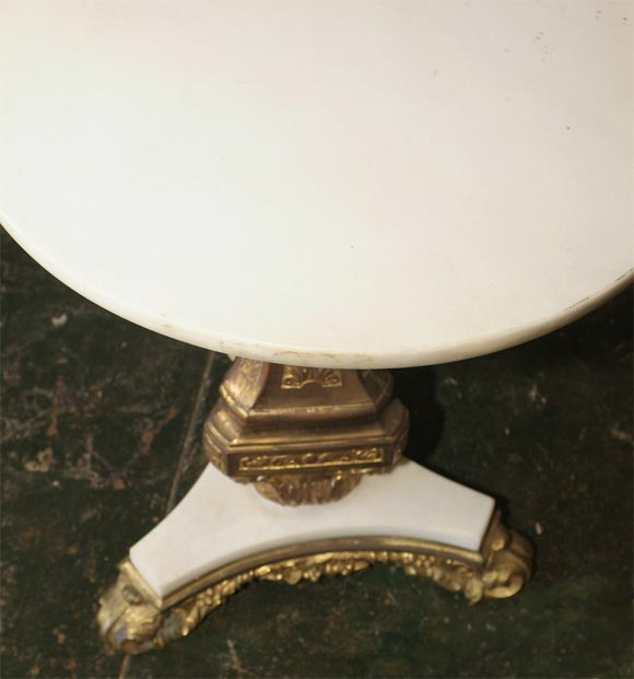 Pair of Bronze and Marble Tables In Excellent Condition For Sale In San Francisco, CA