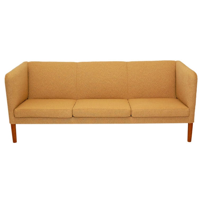 hans wegner ap 18s sofa for sale at 1stdibs. Black Bedroom Furniture Sets. Home Design Ideas