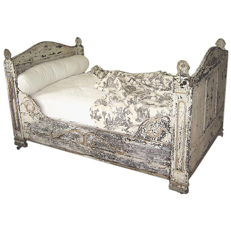 French Painted Iron Day Bed At 1stdibs
