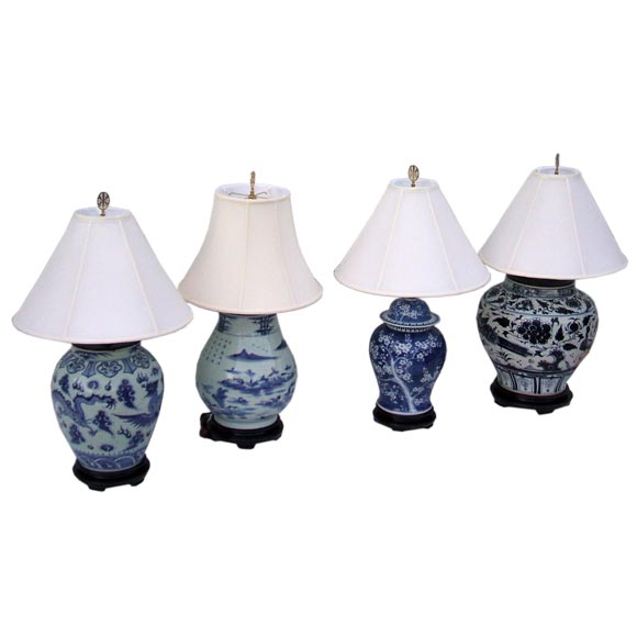 Blue and White Toile Lamps For Sale at 1stdibs