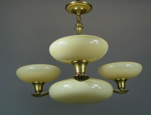 ON SALE Deco Custard Glass Chandelier In Good Condition For Sale In Douglas Manor, NY