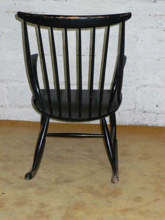 20th Century black lacquered rocking chair For Sale