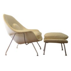 Vintage Womb Chair & Ottoman by Saarinen for Knoll in COM/COL