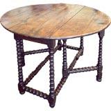 Round Period Oak Gateleg Table