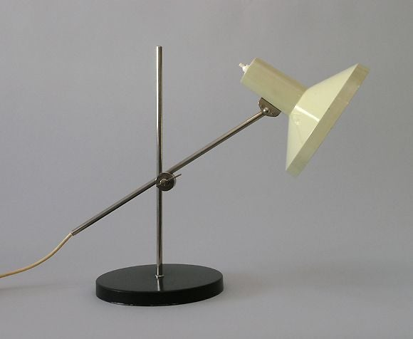 Italian Mid-Century Desk Lamp in the Style of Gino Sarfatti In Good Condition For Sale In New York, NY