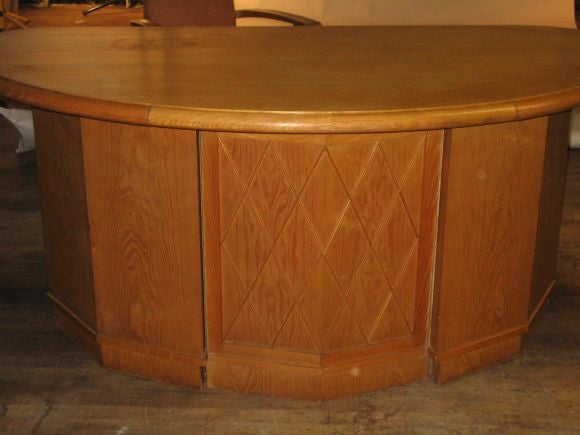 Mid-20th Century French Mid-Century Modern Neoclassical Oak Desk Attr. to Jean-Charles Moreux For Sale