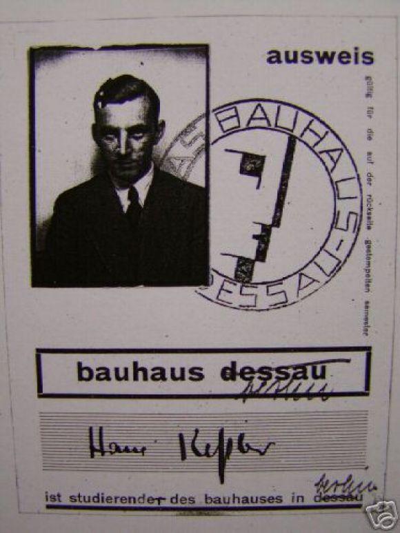 Modern Expressionist Crayon Drawing by Bauhaus Artist Hans Kessler For Sale