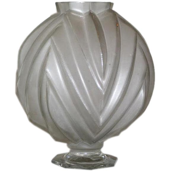 French Art Deco Vase by Sabino 1