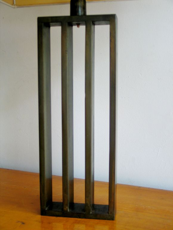 Pair French Mid-Century Modern Bronzed Iron Table Lamps, Style of Jacques Quinet In Excellent Condition For Sale In New York, NY