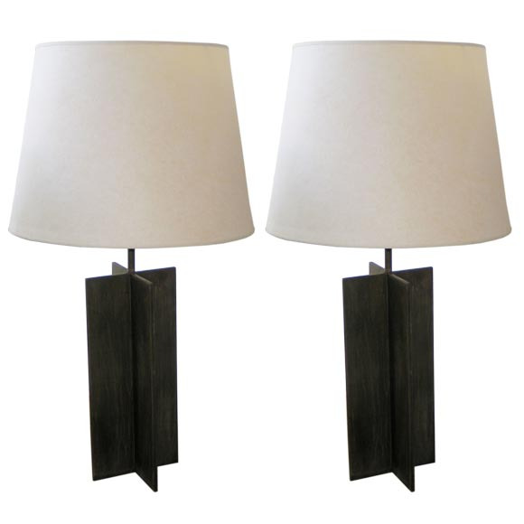 Pair of Cross Form Table Lamps in the Manner of Jacques Quinet For Sale