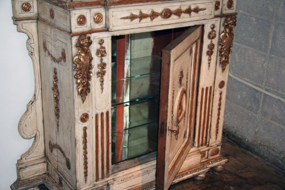 Venitian 19th Century Cabinet with Mirror 5
