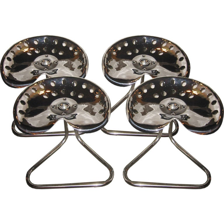 Set Of 4 Polished Chrome Tractor Seat Stools At 1stdibs