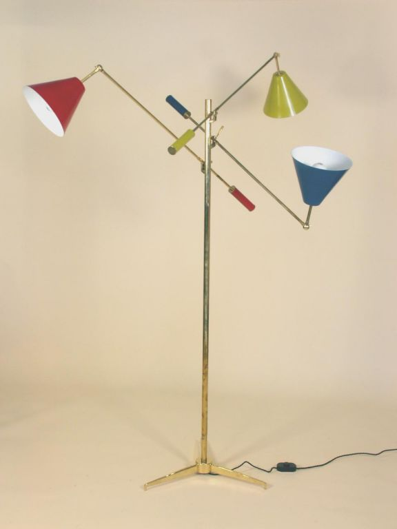 Floor Lamp in the Manner of Gino Sarfatti  In Good Condition For Sale In New York, NY